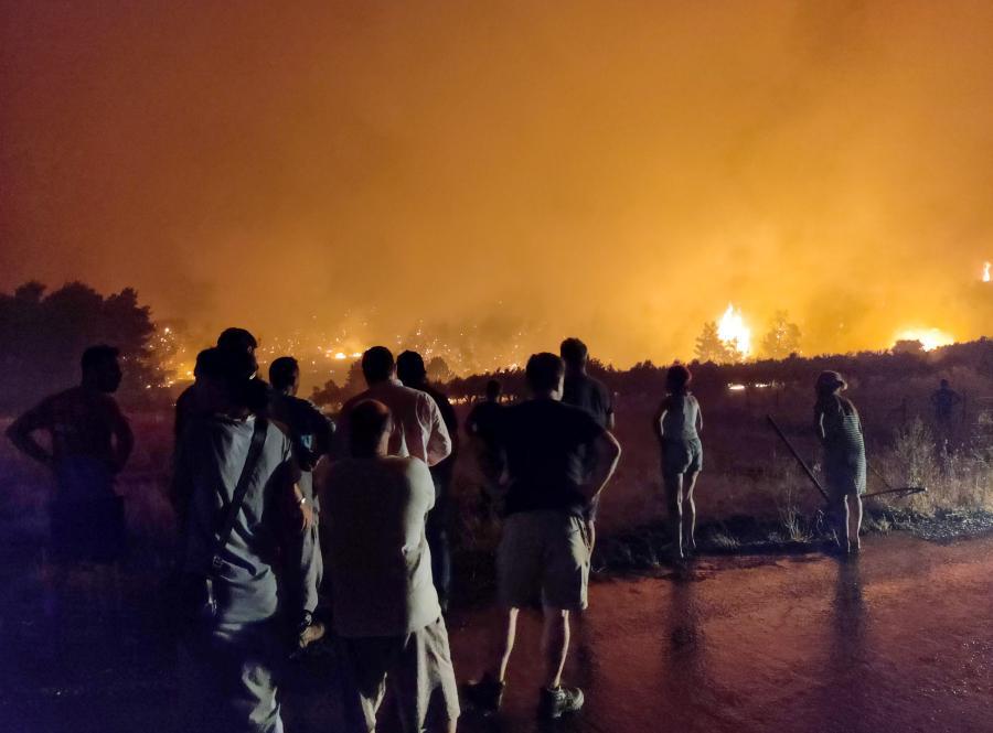 λιμνη ευβοιας φωτιά
