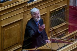 Ο Γιάννης Λοβέρδος στη Βουλή