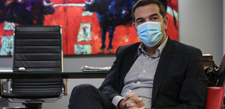 Ο Αλέξης Τσίπρας στα γραφεία του ΣΥΡΙΖΑ στην Κουμουνδούρου