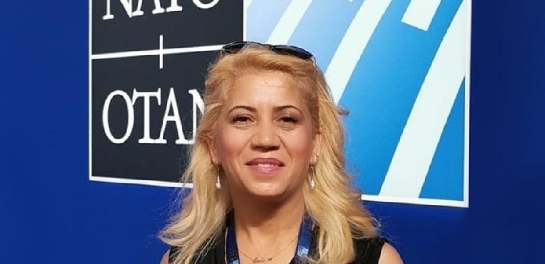 Αφγανή δημοσιογράφος / Καλώ τις γυναίκες να μη μείνουν στο σπίτι, βγείτε έξω, υψώστε τη φωνή σας   Αυγή